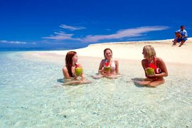 awesome adventure fiji tour island hopping yasawas backpacker