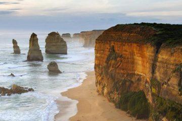 great ocean road melbourne adelaide backpacker bunyip tours grampians