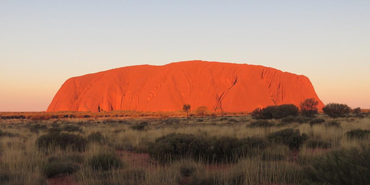 3 Day Cockatoo Dreaming Red Centre & Uluru Safari With Wayoutback