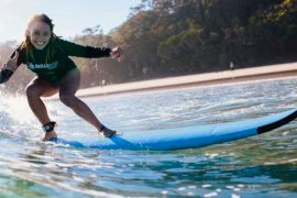 surf school byron bay mojo surf camp australia backpacker east coast