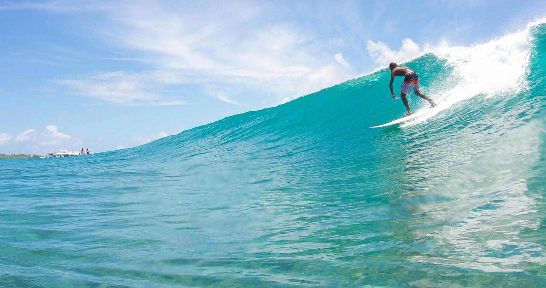 Himmafushi Budget Maldives Surf Camp (Jailbreaks)