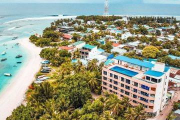 budget maldives package thulusdhoo island surfing
