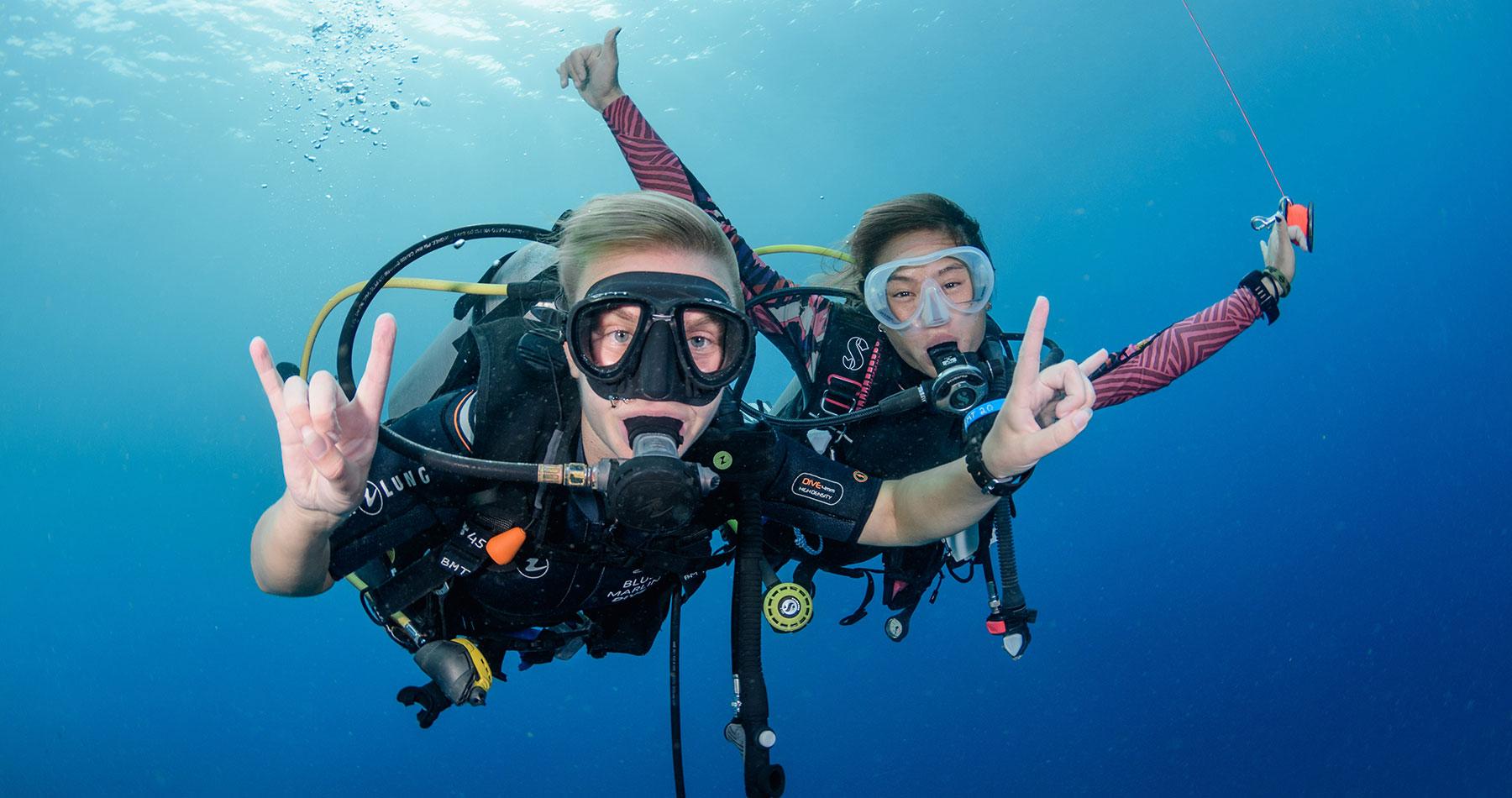 scuba diving gili trawangan gili t indonesia open water intro dive blue marlin
