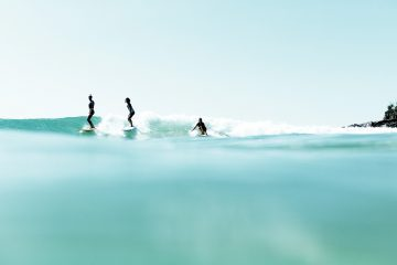 learn to surf byron bay lesson stoked surf school australia