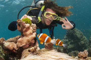 cairns package deal australia great barrier reef east coast backpacker