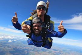 skydive taupo tandem new zealand north island backpacker