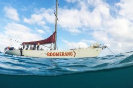 boomerang whitsundays sailing adventure airlie beach backpacker australia