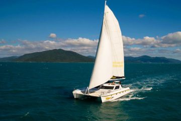 wings whitsundays sailing adventure airlie beach whitehaven australia