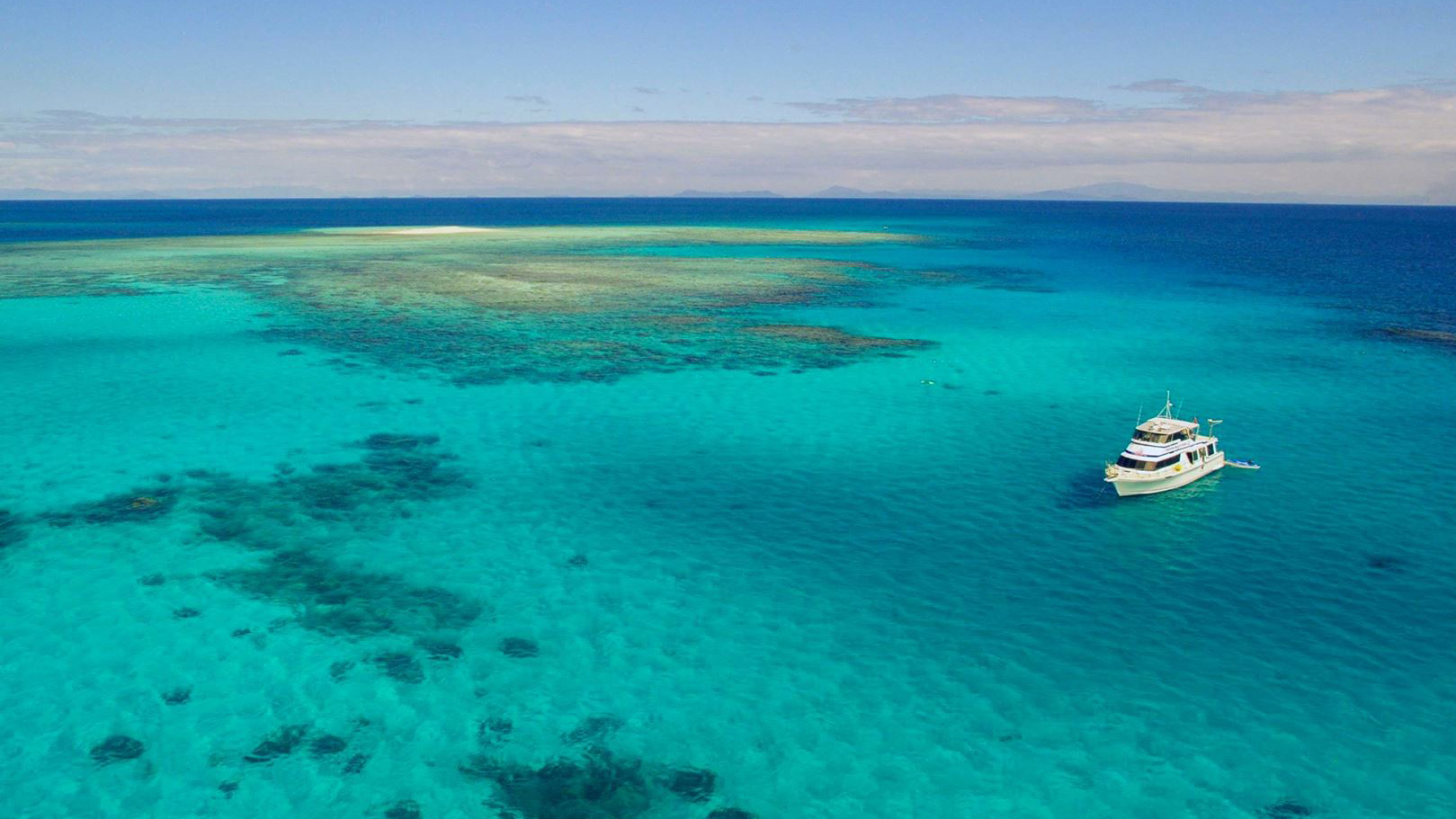 Great Barrier Reef Day Trip With Mission Beach Dive (Snorkel Or Dive)
