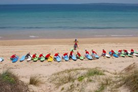 surf camp byron bay australia mojo surf surf lessons learn to surf australia