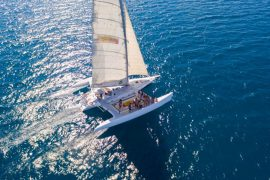 avatar whitsundays sailing adventure airlie beach australia whitehaven beach backpacker catamaran